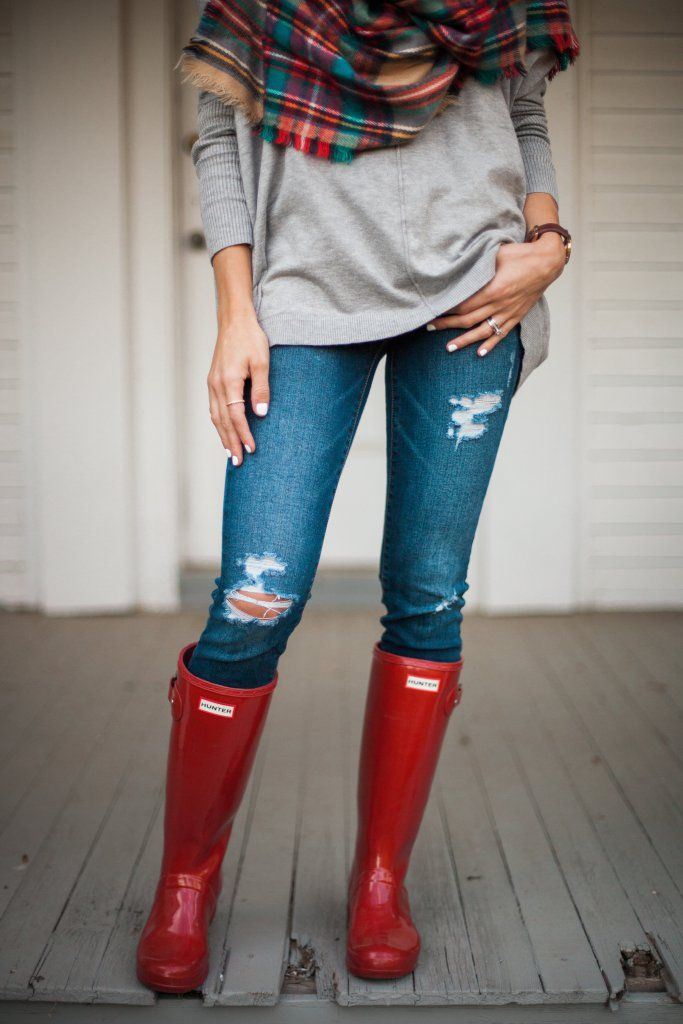 How to style Hunter boots multiple ways for the fall season!