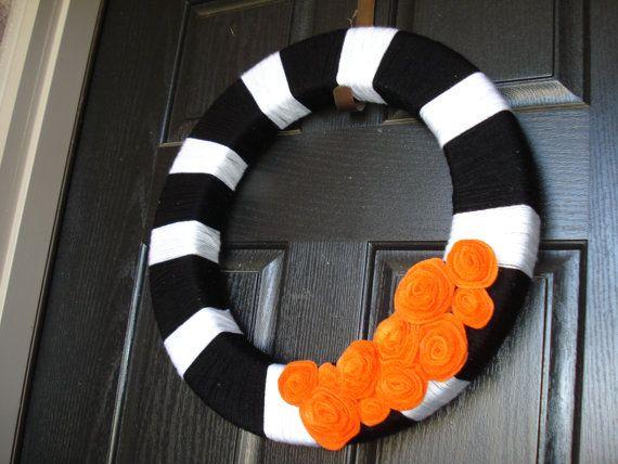 Cute Halloween wreath.    #halloween