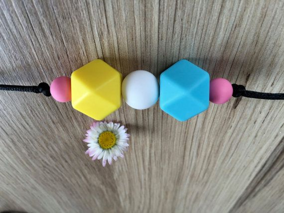 Nursing Necklace: Lemon Smurf por LuluBabyFriendly en Etsy