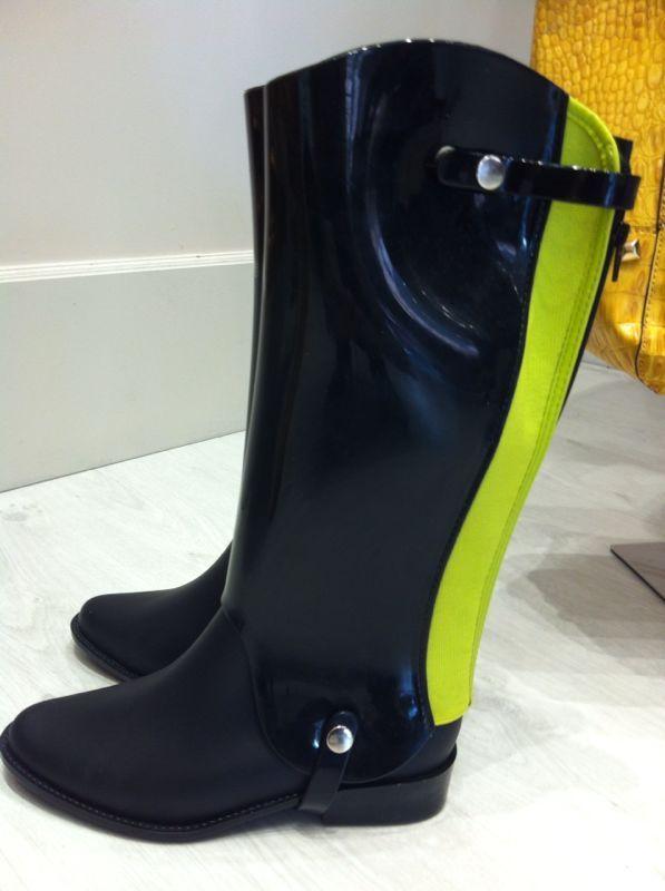 Botas altas para la lluvia
