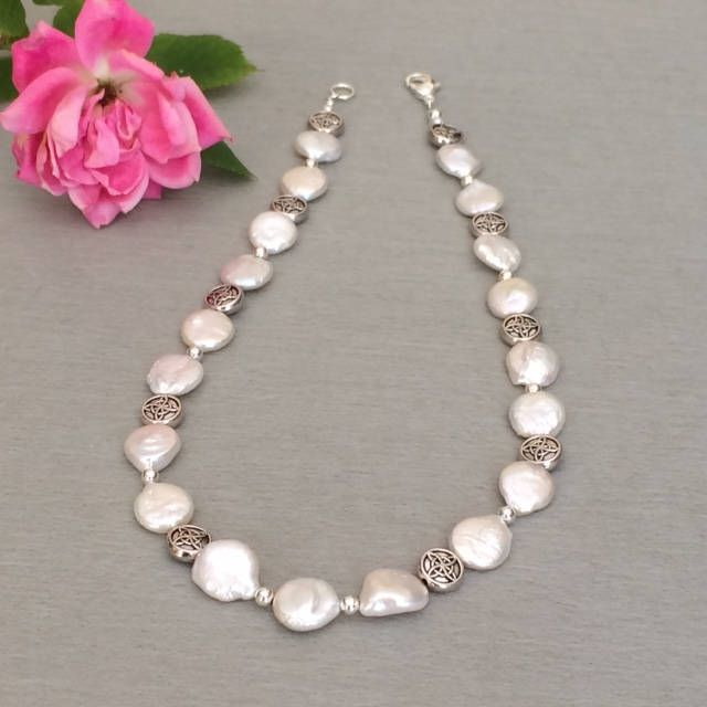Freshwater Pearl Necklace Wedding http://etsy.me/2HNzIwa #wedding #bride #bridal #pearl #freshwaterpearls #necklace #jewelry #white #silver #elegant #sophisticated #classic #classy #dressy #mothersday #gifts #giftformom #mothersdaygifts #anniverary #giftforwife