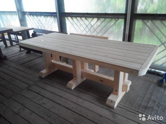 Большой деревянный стол для беседки , веранды . Размеры 2.5х1 м. Массив лиственницы  и ель. Вес около 200 кг. Возможна пропитка, окраска, лак.
