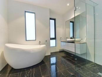 Dark Floor, Light Walls, Cream Bath Part 63
