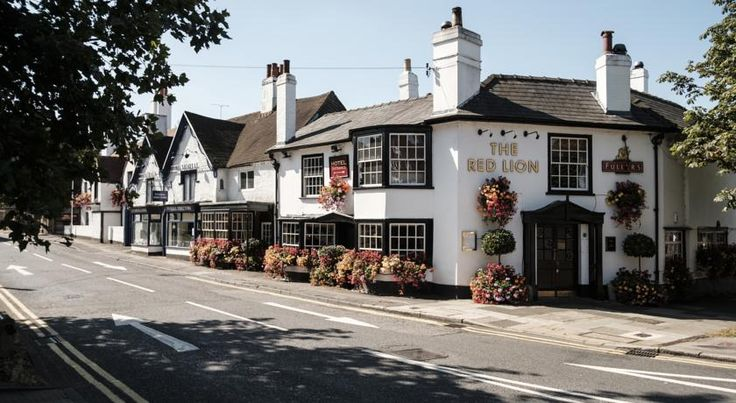 The Red Lion Hotel London Ideally situated, 16th-century The Red Lion Hotel has excellent access to central London, via nearby Uxbridge & Hillingdon underground stations and is only 6.4 km from Heathrow Airport.
