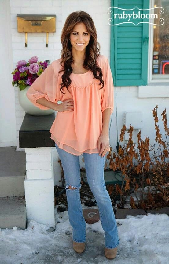 Love the top and jeans super cute!!