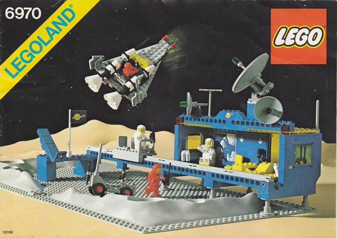 Lego space (instructions http://www.toysperiod.com/lego-set-reference/space/classic-space/lego-6970-beta-1-command-base/ )