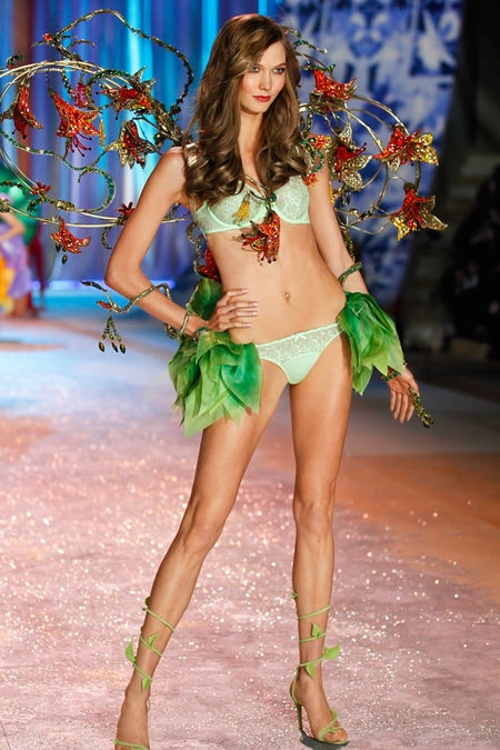 "2012 ""Angels In Bloom"" Karlie Kloss"