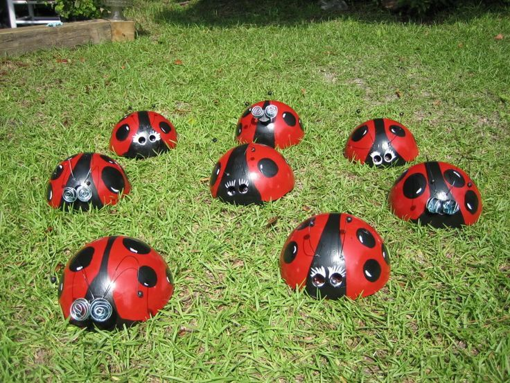 Bowling Ball Yard Art Ladybug | Bowling Ball Ladybugs - Way cute! | Yard displays