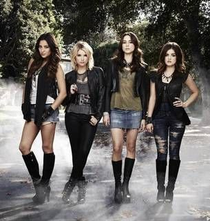 "Pretty Little Liars Season 4: ""Expect Nothing But [SPOILER],"" Says Marlene King"
