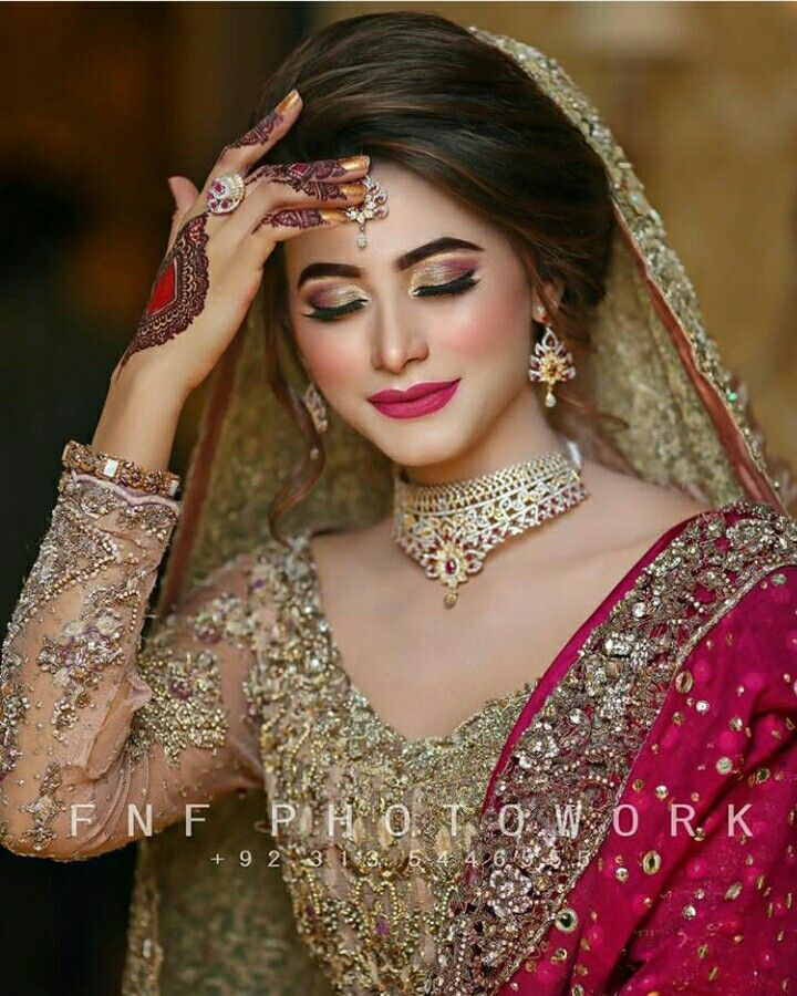13 Beach Wedding Hair Ideas You Need To See Right Now: Pakistani Bridal Makeup, Bridal