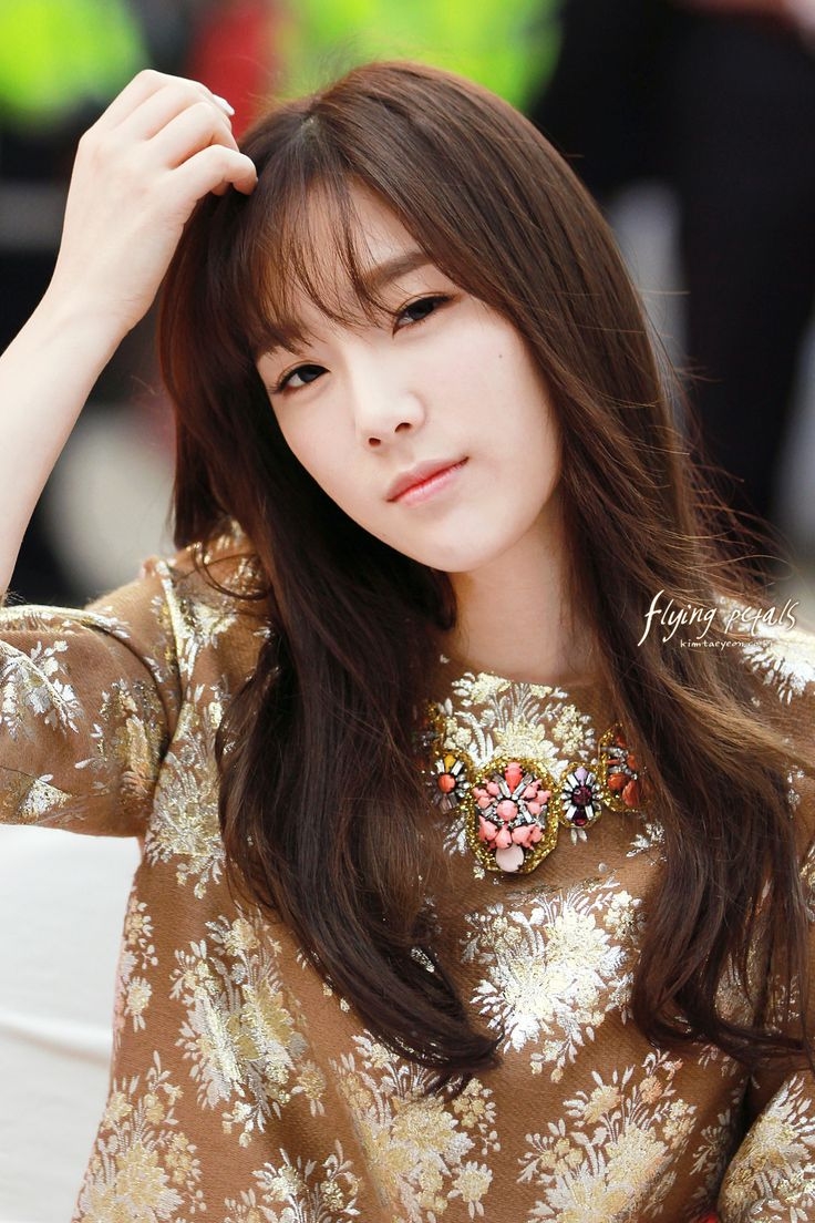 Model Poni Rambut Favorit Cewek Korea, Poni Tipis ...