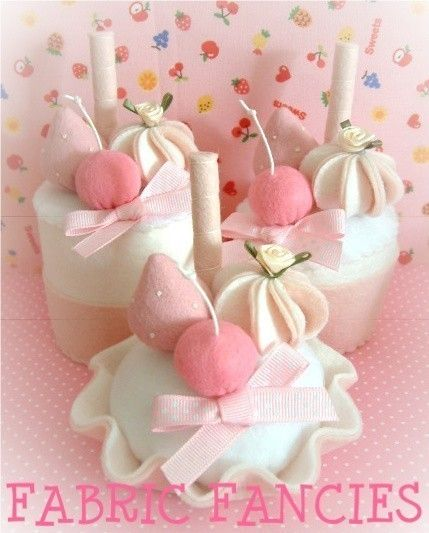 gorgeous pink felt cake food set by nicolaluke on Etsy, $24.00