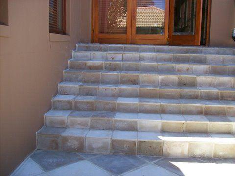 300x300x20 Tiles & Copings Kalahari