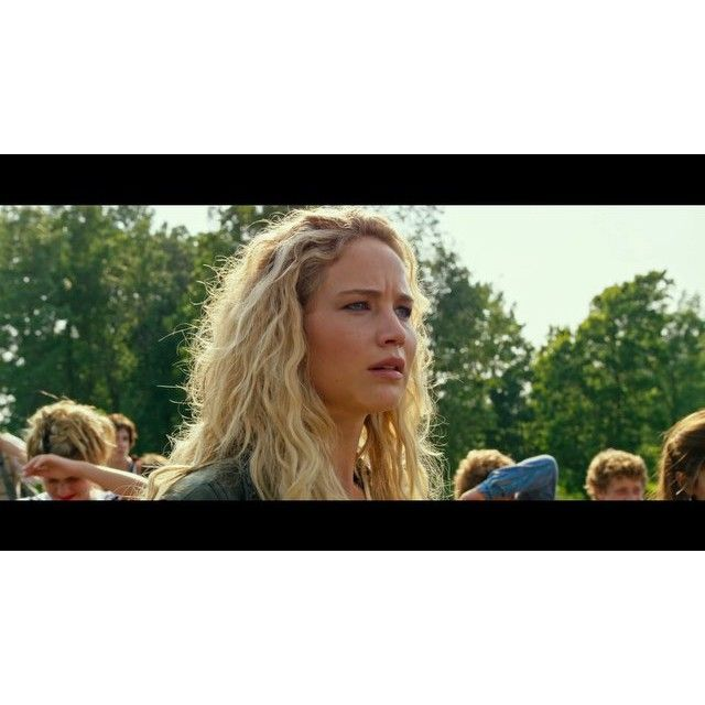 """@cleverdeen's photo: """"[FULL VIDEO: LINK IN BIO] The first trailer for X-Men: Apocalypse featuring Jennifer Lawrence as Raven Darkhölme has been released! I edited together this 15 second clip of all the appearances Jen makes in the trailer, but if you want to watch the full thing you can click the link in my bio! •