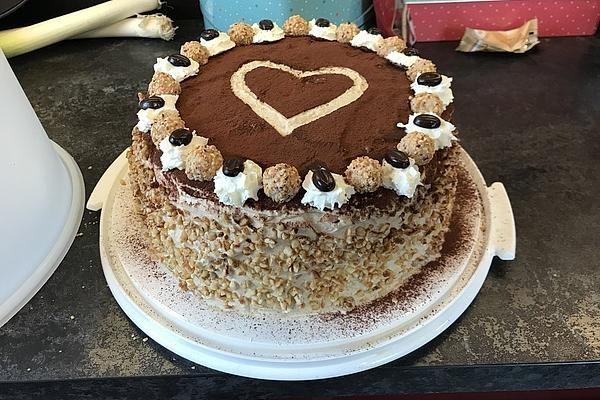 Cappuccino-Nuss Torte