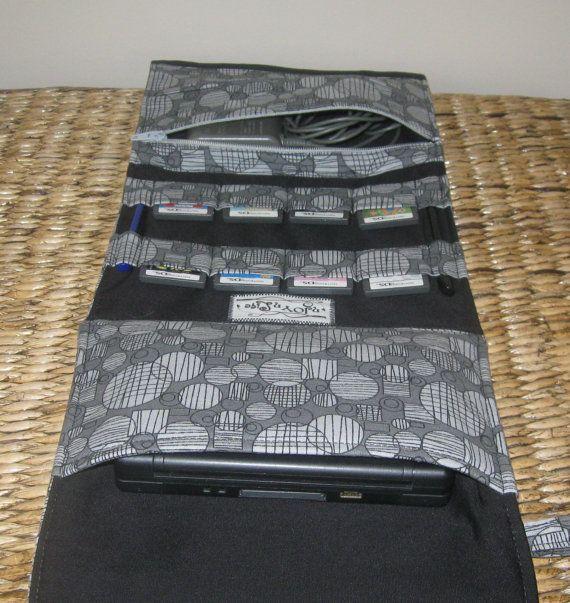 Nintendo DSi XL oder 3DS XL Tragetasche für Spiel und von nJOYnLife