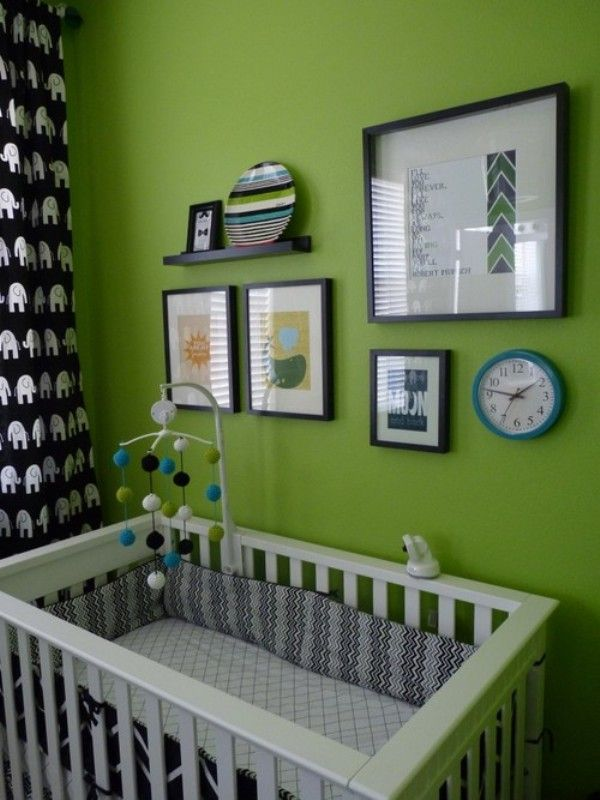 Kind of grooving to the black & white accents against the bright green wall.  May need to add this color scheme into the plan & use pops of orange & blue for some color.