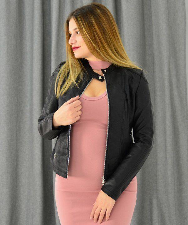 Γυναικείο δερματίνη μπουφάν μαύρο με τσέπες AW510