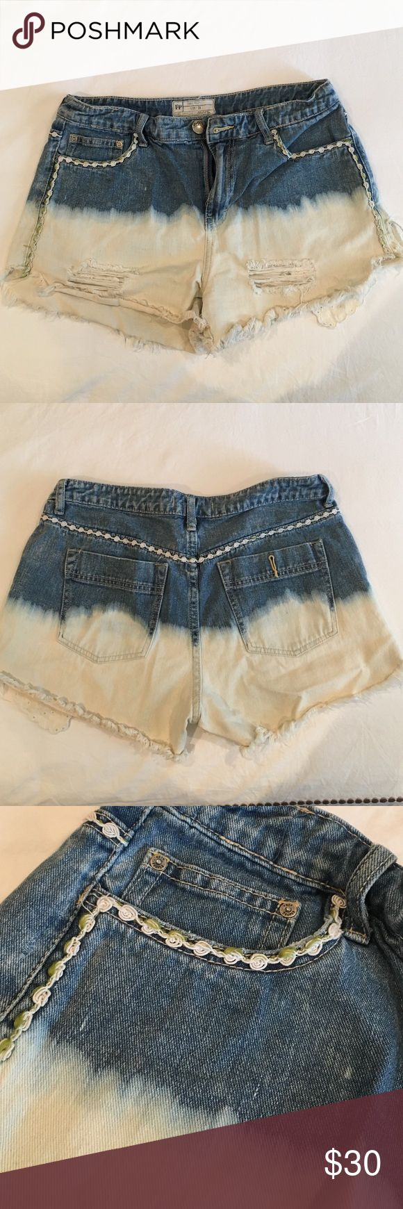 Free People Dip-dye shorts Medium Blue jean with white dip-dye! Floral embroidery along the seam and pocket as well. Free People Shorts Jean Shorts