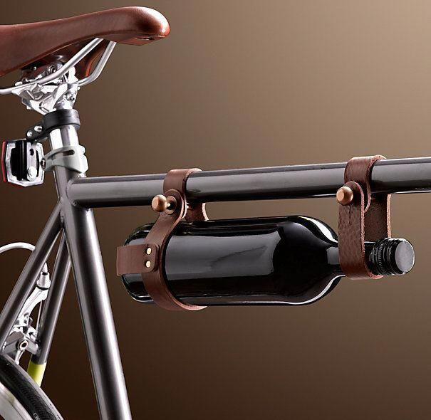 Vino To Go 31 49 How Cool Is This Wine Bottle Carrier As An Accessory For Biking Leather Bicycle Retro Bike Vintage Bicycles Vintage Bicycle Decoration
