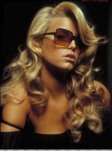 Jessica Simpson always has the best hair