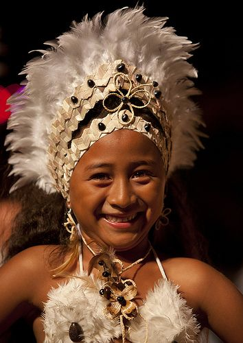 Girl During Tapati Festival In Hanga Roa, Easter Island, Chile | by Eric Lafforgue