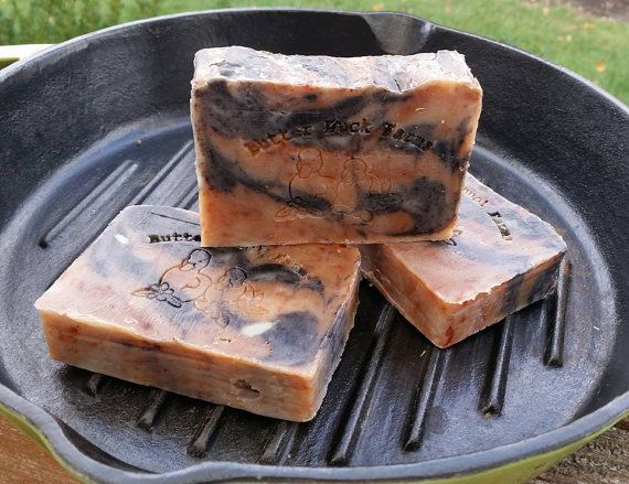 Handmade for the Bacon lover in your life! Smells like the real thing. The Bacon soap was a special request from a 10 year old boy, and has gotten us lots of smiles at our local craft shows! Made with 60% olive oil, our soap is extremely mild and has a rich, luxurious lather. It helps to soften and smooth your skin and is great for people with dry and sensitive skin. Unlike our regular Vegan bars, this one is special. We use rendered bacon fat, which gives the bar a nice creamy lather and…