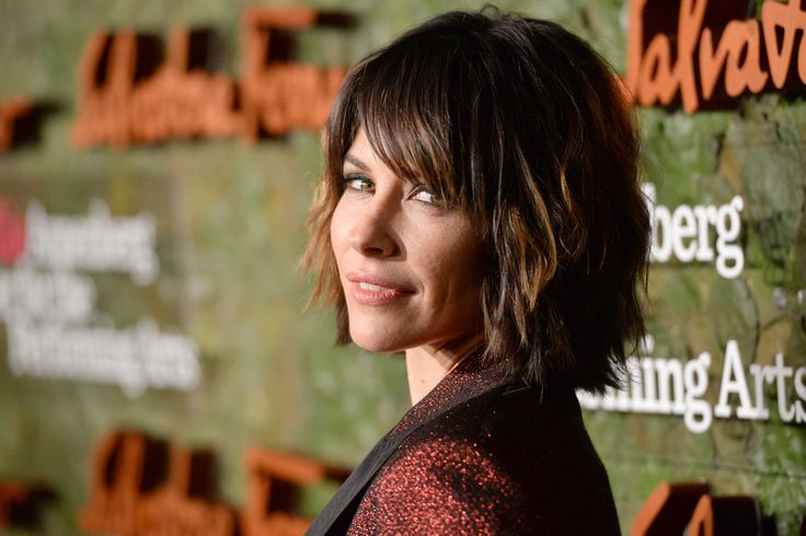 Short Hairstyles Lookbook: Evangeline Lilly wearing Layered Razor Cut (1 of 10). Evangeline Lilly brought an edgy vibe to the Wallis Annenberg Center Inaugural Gala with her layered razor cut.