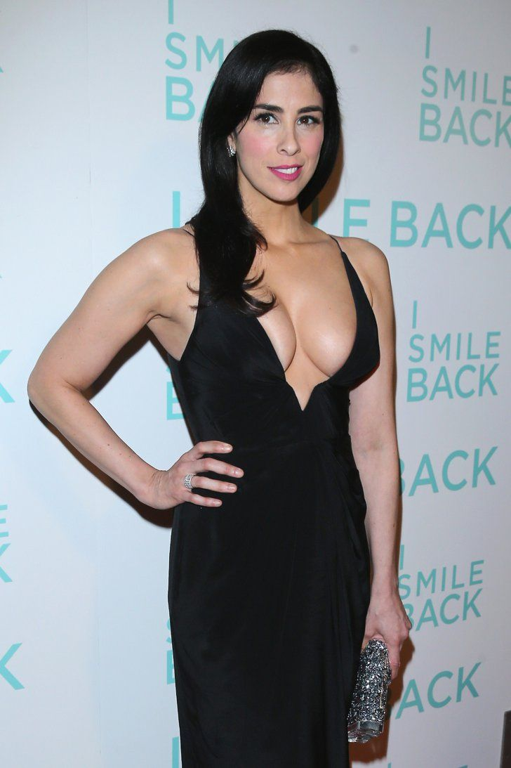 Pin for Later: This Is No Joke: Sarah Silverman Hits the Red Carpet in an Insanely Sexy Dress