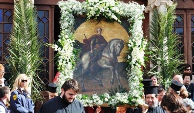 Το Ηράκλειο του Αγίου Μηνά (έξοχο αφιέρωμα της Νέας Κρήτης)   Ο Άγιος Μηνάς, καβαλάρης στο αγέρωχο  γεωργαλίδικο άλογό του, άγρυπνος φρ...