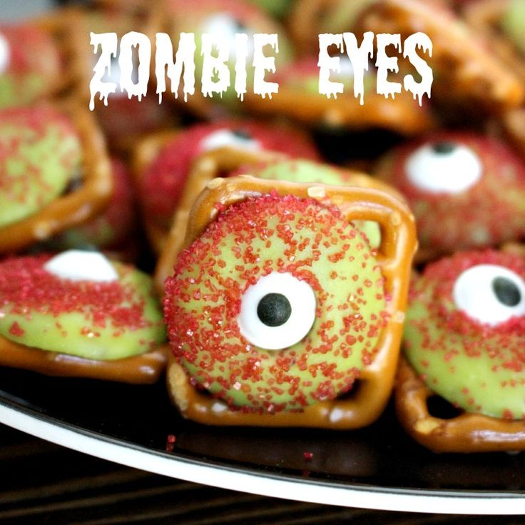 zombie eyeball pretzels super easy and fun halloween treat - Unique Halloween Desserts