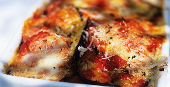 Comment faire un gratin d'aubergines ? Voici un excellent gratin d'aubergines pour se régaler ! Une recette facile et rapide à cuisiner.