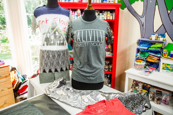 Give an old t-shirt an upgrade with @orlyshani's DIY Repurposed T-Shirt Sleeves! For more trendy DIYs tune in to Home & Family weekdays at 10a/9c on Hallmark Channel!