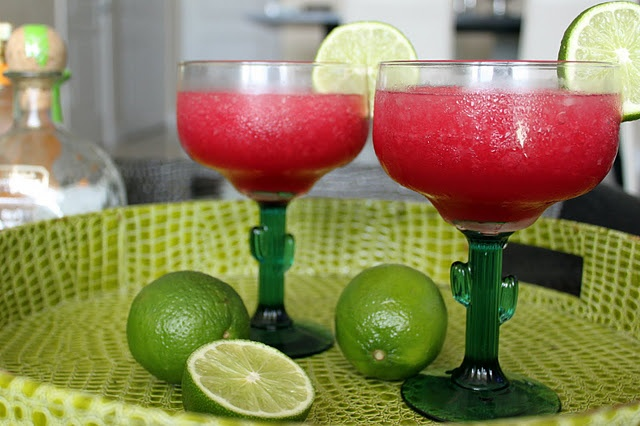 Frozen Pomegranate Margaritas --    White tequila {Patron},  Orange liqueur {Patron Citronge – Triple Sec or Cointreau are also great},  Pomegranate juice {POM brand, though you can squeeze your own if you wish},  Freshly squeezed lime juice,  Agave nectar, and  Ice.  Start with an empty blender. Depending on the size of it, and the size of the glasses you use, you should be able to get at least four servings from one batch.    Add 4 parts tequila, 1 part orange liqueur, 1 part pomegranate…