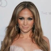 Jennifer Lopez Net Worth:Know her income Source,career & Assets