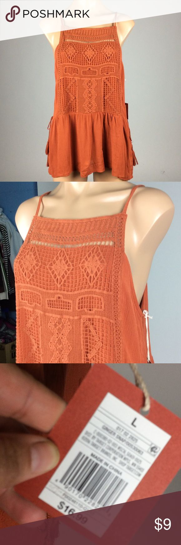 NWT Mossimo Supply Co. Burnt Orange Tank ❤️️ Bundle 3 or more items and Save 20% ❤️️ Any questions let. Me know. 😀 Mossimo Supply Co Tops Tank Tops