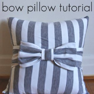 DIY pillow ... Super cute. a way to get a two toned pillow@ Dianna