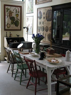 mismatched dining chairs the decorologist - Primitive Kitchen Tables
