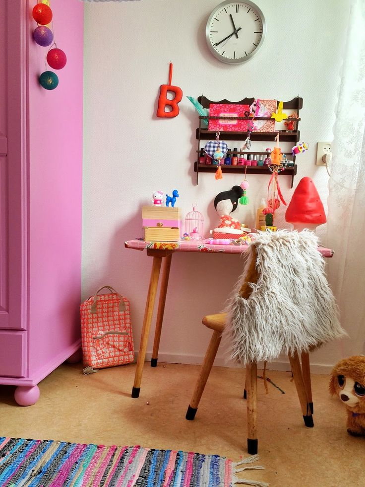 the room of a seven year old - www.wimketolsma.nl