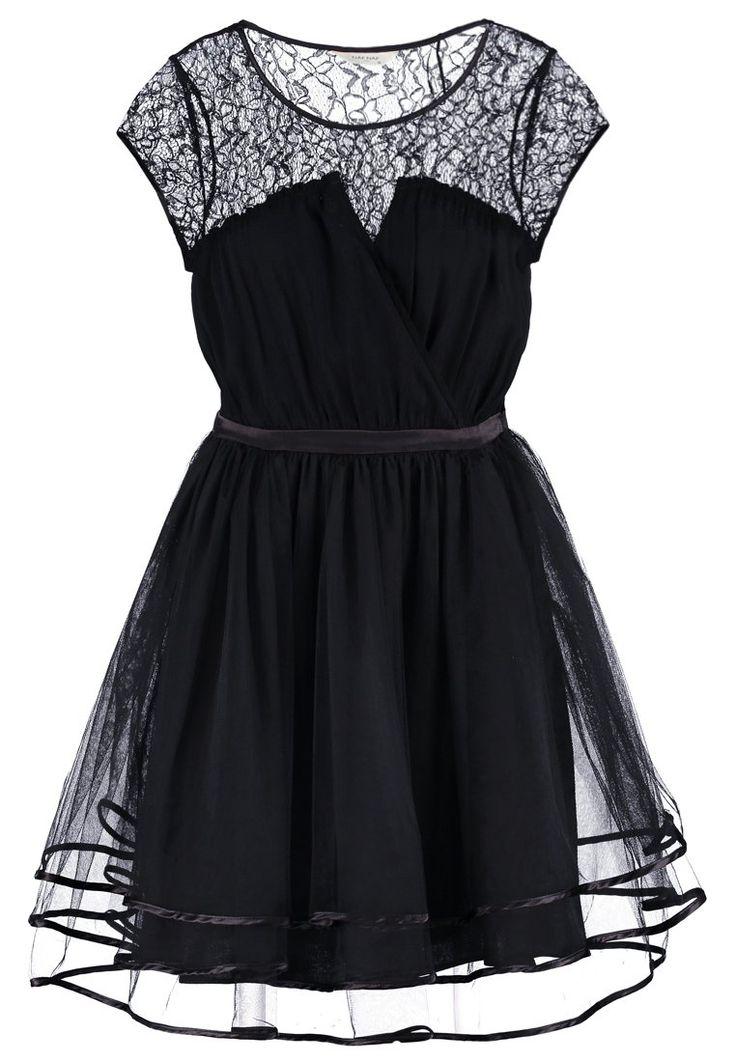 Iedere vrouw heeft een little black dress nodig. Deze cocktailjurk van NAF NAF is erg hip en is perfect voor elk lichaamstype!