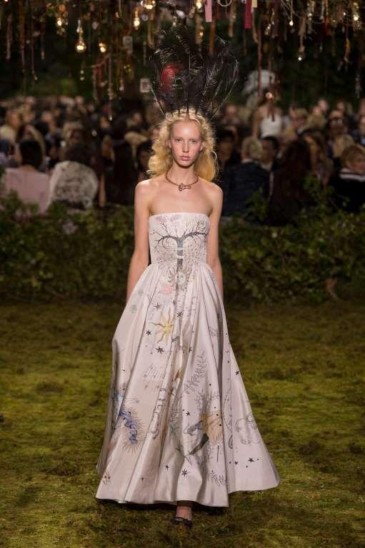 """... Dior Hochzeitskleider auf Pinterest""""  Christian dior, Dior und"""