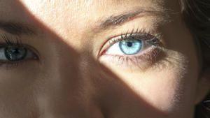 UV-Strahlung schädigt Netzhaut: Vorsicht vor Sonnenbrand am Auge: UV 400 Sonnenbrillen auch wenn bewölkt