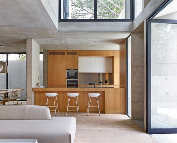 Balanced and Promising Accents in the Glebe House in Sydney, Australia