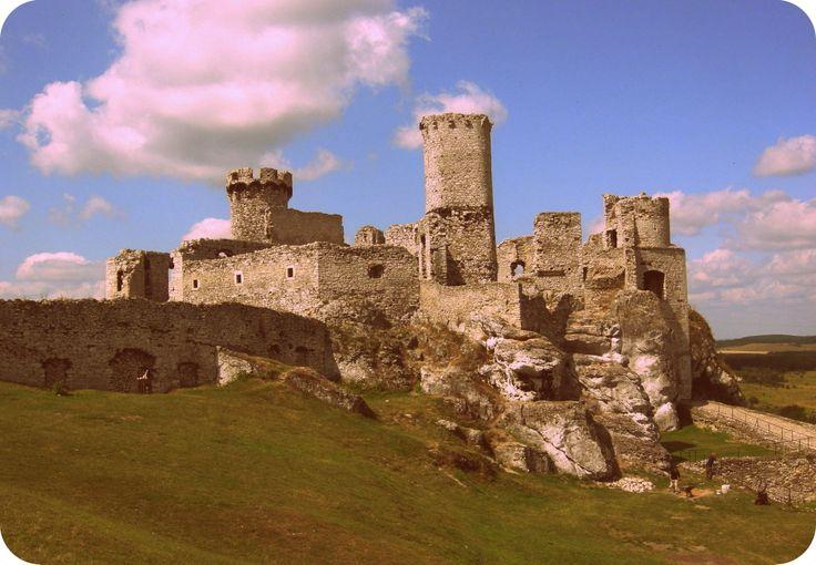 Ogrodzieniec, ruiny zamku, Poland.