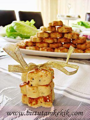 Çörek otunun faydalarını hepimiz çoğu kez duymuşuzdur muhakkak...   Hadisler ile şifa müjdesi vermiş Efendimiz (s.a.v) bu mucizevi bitk...
