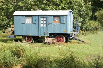:: habitat alternatif: habitat mobile, roulottes, camions et caravanes