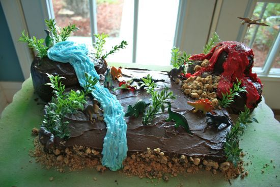 Another dinosaur cake