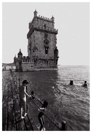 Postais Preto no Branco @ Edições 19 de Abril Belem Tower, Lisbon