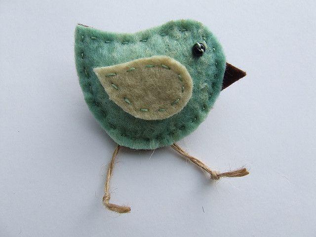 I love birds.  http://www.flickr.com/photos/90959196@N00/3694483393/