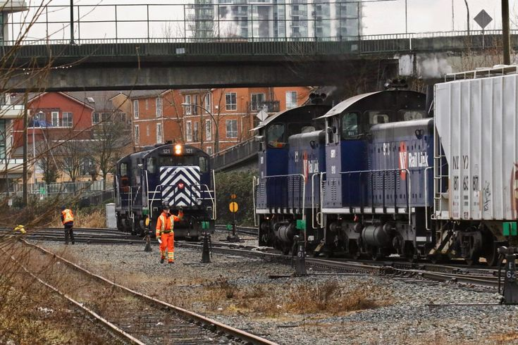 Southern Railway of B.C. (SRY) switching at New Westminster, B.C. Click image to enlarge.
